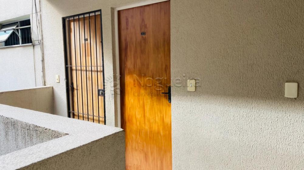 Apartamento com excelente localização no bairro da Várzea.  O imóvel possui sala para 2 ambientes, 2 quartos, cozinha, banheiro e área de serviço.  Edf. possui Piscina adulto e infantil , Playground, salão de festas, churrasqueira e vaga de garagem.  Agende sua visita.