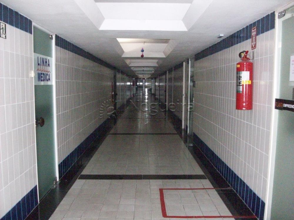 Sala ampla e em ótimo estado com 66 metros num dos principais empresariais da Zona Sul do Recife. Ótima localização e amplo estacionamento para visitantes.