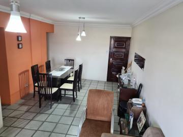 Excelente Apartamento localizado no bairro da encruzilhada, com tês quartos, duas salas, todo na cerâmica. Agende sua visita!