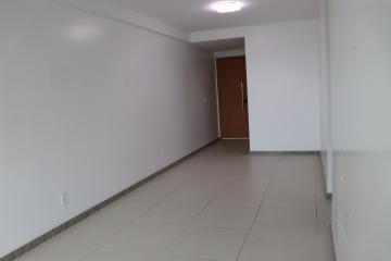Apartamento com excelente localização em boa viagem, ao lado do Big Bom Preço e próximo ao Shopping Recife.  O imóvel possui 3 quartos sendo 1 suíte, 81,51m², armários, sala para dois ambientes, cozinha, área de serviço, lavabo e banheiro de serviço. O apartamento é totalmente nascente e possui 2 vagas de garagem fixas, cobertas e soltas.  O empreendimento possui churrasqueira, espaço gourmet, fitness, piscina adulto e infantil, playground, salão de festas, salão de jogos, sauna.  Agende sua visita!