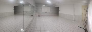 Excelente ponto comercial em boa viagem, muito bem localizado, próximo a vários pontos de lazer. O imóvel é duplex e possui 7 salas, 1 salão de 40 m², 1 cozinha, 3 banheiros e vaga de garagem.   Agende sua visita!!