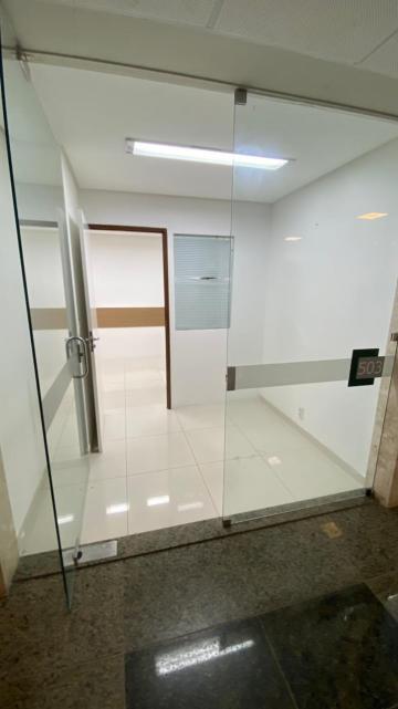 Recife Boa Viagem Comercial Locacao R$ 2.600,00 Condominio R$608,00  1 Vaga Area construida 45.00m2