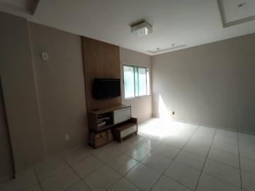 Apartamento com excelente localização na Rua dos Navegantes em Boa Viagem.  O imóvel possui 134m², sala para dois ambientes, três quartos, armários, cozinha, área de serviço, wc de serviço e uma vaga de garagem.  Agende sua visita!